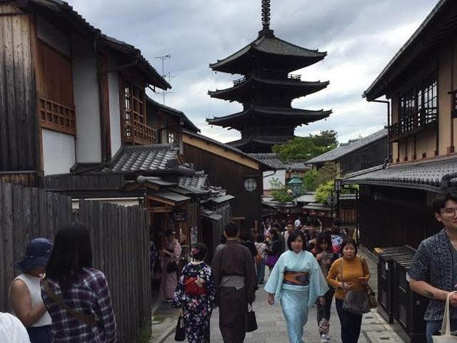 休日に京都まで遊びに行きました